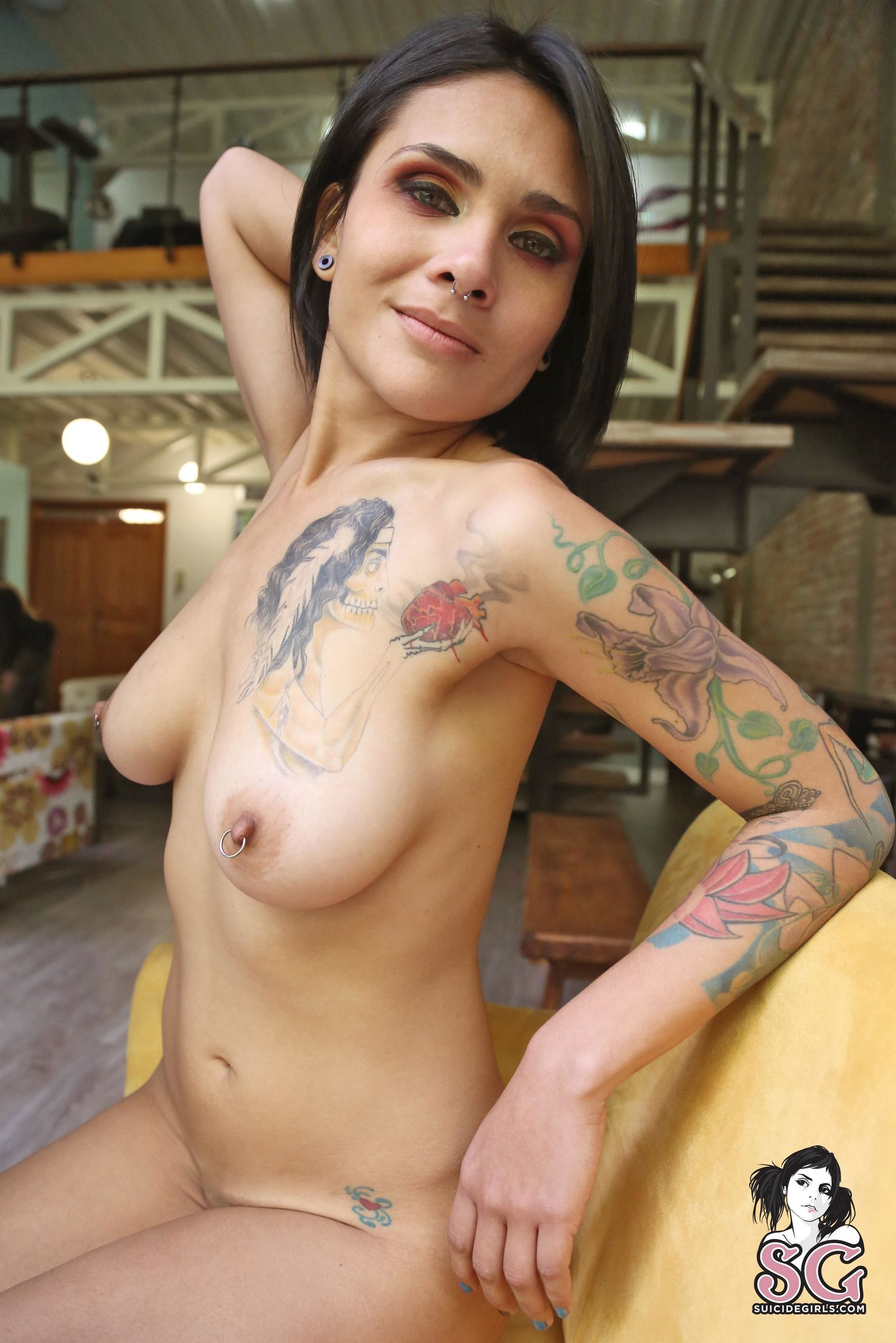 Красивая татуированная телка из Аргентины