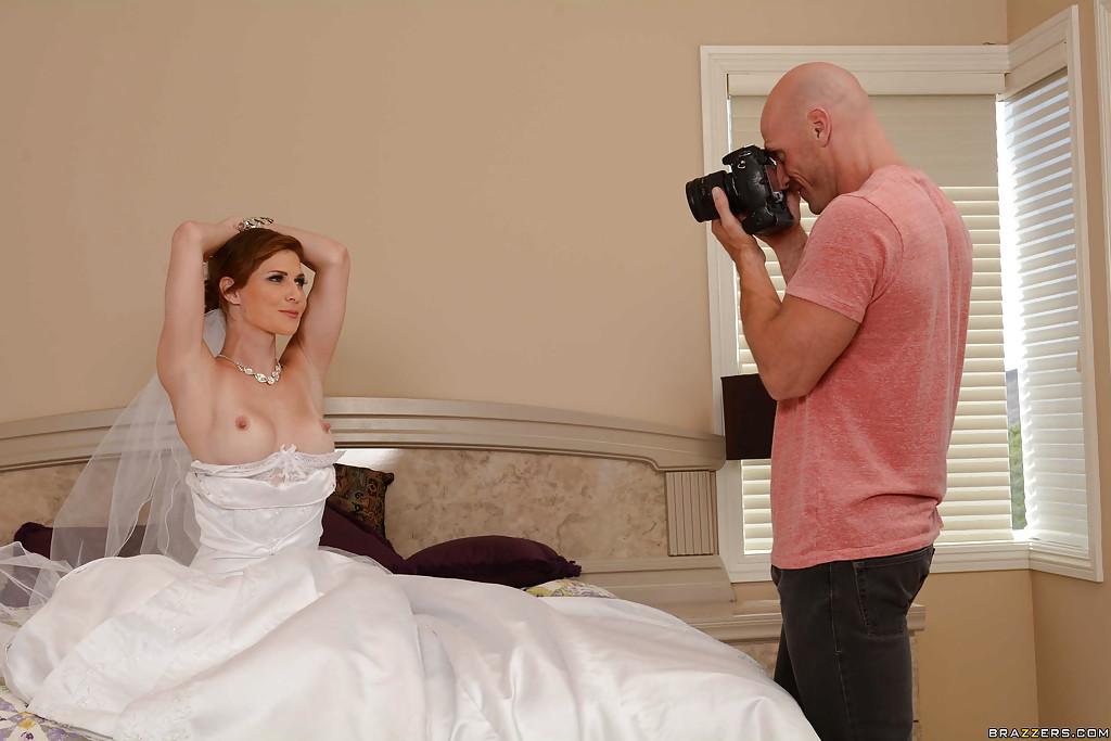 Невеста отсосала член у фотографа перед свадьбой